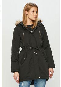 Czarna kurtka Vero Moda z kapturem