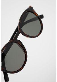 Pepe Jeans - Okulary przeciwsłoneczne Round Pantos. Kształt: okrągłe. Kolor: brązowy