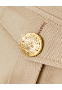 ALEXANDRE VAUTHIER - Beżowa marynarka z wiązaniem w talii. Kolor: beżowy. Materiał: jeans, materiał. Długość rękawa: długi rękaw. Długość: długie. Wzór: aplikacja. Styl: klasyczny