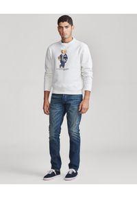 Ralph Lauren - RALPH LAUREN - Biała bluza z misiem polo. Typ kołnierza: polo. Kolor: biały. Materiał: prążkowany, materiał, bawełna. Wzór: napisy, nadruk