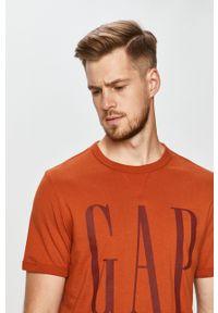 Brązowy t-shirt GAP z nadrukiem, casualowy, na co dzień
