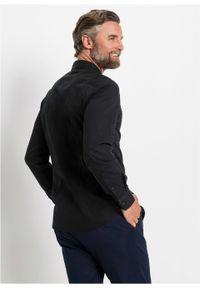 Koszula ze stretchem Slim Fit bonprix czarny. Kolor: czarny. Długość rękawa: długi rękaw. Długość: długie