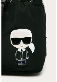 Czarna listonoszka Karl Lagerfeld z nadrukiem, mała, na ramię