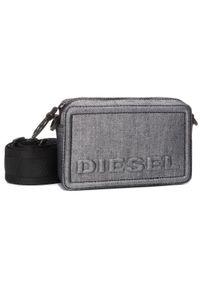 Srebrna listonoszka Diesel z aplikacjami, zdobiona