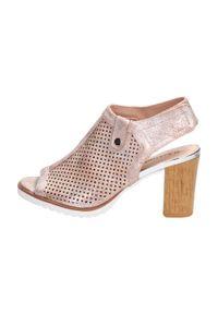 Różowe sandały M.Daszyński klasyczne, na obcasie, na średnim obcasie