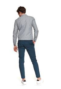 TOP SECRET - Spodnie długie męskie chino, slim. Okazja: na co dzień. Kolor: niebieski. Materiał: tkanina, bawełna. Długość: długie. Sezon: wiosna. Styl: casual