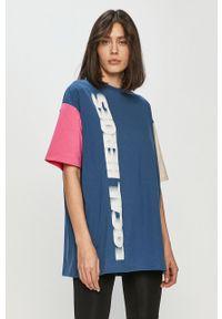 Niebieska sukienka Local Heroes casualowa, na co dzień, prosta, z krótkim rękawem