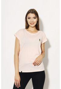 Różowy t-shirt Edward Orlovski elegancki, z haftami