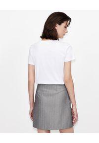 Armani Exchange - ARMANI EXCHANGE - Biały T-shirt LIVE. Kolor: biały. Materiał: bawełna, prążkowany. Wzór: napisy, nadruk