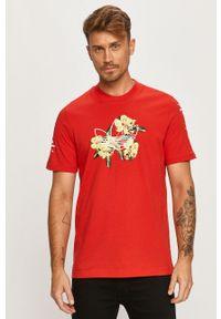 Czerwony t-shirt adidas Originals casualowy, z okrągłym kołnierzem