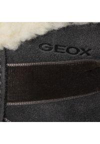 Szare kozaki Geox z aplikacjami, z cholewką przed kolano, z cholewką