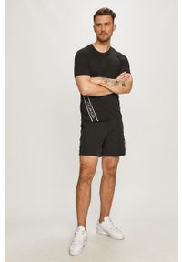 Czarny t-shirt Calvin Klein Performance casualowy, z nadrukiem