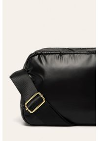 Czarna listonoszka ANSWEAR na ramię, pikowana, mała