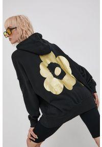 adidas Originals - Bluza bawełniana x Marimekko. Kolor: czarny. Materiał: bawełna. Długość rękawa: długi rękaw. Długość: długie. Wzór: aplikacja