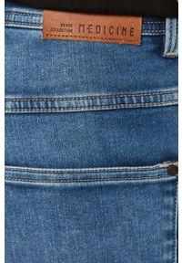 Niebieskie jeansy medicine rockowe