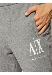 Armani Exchange Spodnie dresowe 8NZPPA ZJ1ZZ 3930 Szary Regular Fit. Kolor: szary. Materiał: dresówka