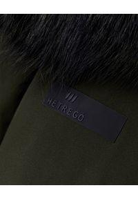 Hetrego - HETREGO - Zielona parka Alexandra. Okazja: na co dzień. Kolor: zielony. Materiał: materiał, puch, futro. Długość rękawa: długi rękaw. Długość: długie. Wzór: aplikacja, moro. Styl: klasyczny, casual, militarny