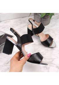 Czarne sandały Vinceza
