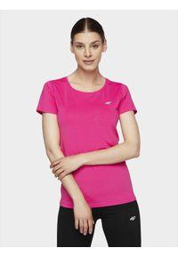 Różowa koszulka sportowa 4f na fitness i siłownię, gładkie