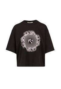 T-shirt Y-3 W CH1 GFX TEE. Materiał: bawełna, skóra. Długość rękawa: długi rękaw. Długość: krótkie. Wzór: aplikacja, nadruk