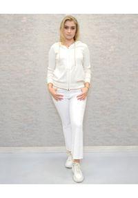 Deha - DEHA - Biała bluza z kapturem. Okazja: na co dzień. Typ kołnierza: kaptur. Kolor: biały. Materiał: dzianina, bawełna. Wzór: aplikacja. Styl: casual, klasyczny, sportowy