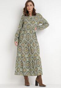 Born2be - Zielona Sukienka Deparia. Kolor: zielony. Materiał: bawełna. Długość rękawa: długi rękaw. Wzór: aplikacja. Długość: maxi