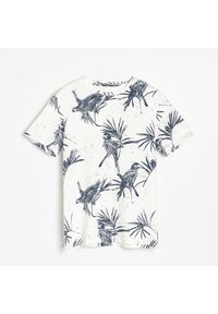 Kremowy t-shirt Reserved