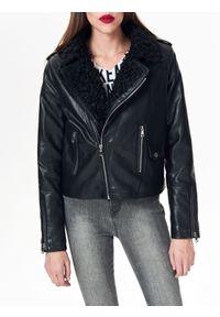 Czarna kurtka TOP SECRET w kolorowe wzory, krótka #8