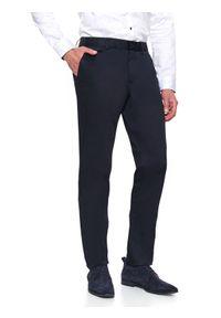 Niebieskie spodnie TOP SECRET w kolorowe wzory, na zimę