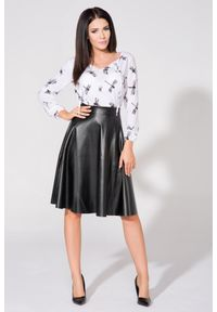 Tessita - Czarna Spódnica Rozkloszowana Midi z Eko -skóry. Kolor: czarny. Materiał: skóra