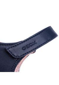 Niebieskie sandały Geox z aplikacjami
