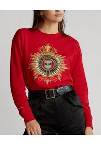 Ralph Lauren - RALPH LAUREN - Czerwona bluza z herbem. Typ kołnierza: bez kaptura, polo. Kolor: czerwony. Materiał: bawełna, jeans. Wzór: haft, aplikacja