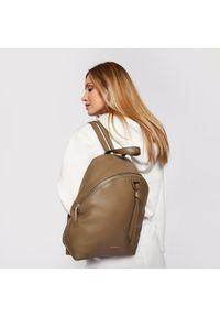 Zielony plecak Coccinelle
