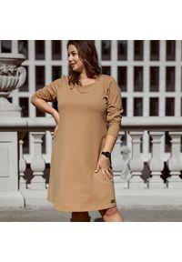 Beżowa sukienka dla puszystych Moda Size Plus Iwanek casualowa, na jesień