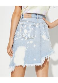 RETROFETE - Asymetryczna spódnica jeansowa. Okazja: na co dzień. Kolor: niebieski. Materiał: jeans. Styl: casual