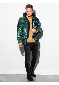 Zielona kurtka Ombre Clothing z kapturem, na wiosnę