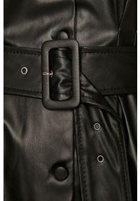 Czarna sukienka Answear Lab wakacyjna, mini, prosta