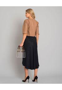 SELEZZA LONDON - Czarna spódnica zhaftowaniem. Kolor: czarny. Materiał: materiał. Wzór: haft. Styl: klasyczny, elegancki