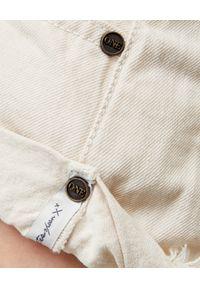 ONETEASPOON - Beżowe spodenki Bandits. Stan: obniżony. Kolor: beżowy. Materiał: bawełna, zamsz, jeans. Wzór: aplikacja. Sezon: lato #5