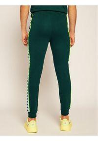 Zielone spodnie dresowe Kappa