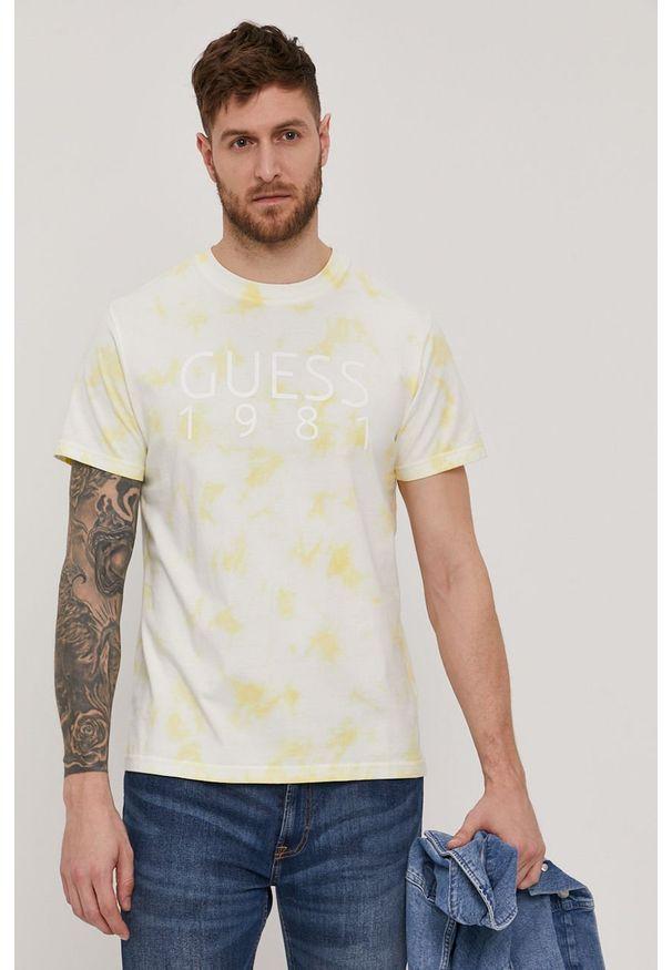 Guess - T-shirt. Okazja: na co dzień. Kolor: żółty. Materiał: dzianina, bawełna. Wzór: nadruk. Styl: casual