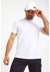 Karl Lagerfeld - T-SHIRT KARL LAGERFELD. Długość: krótkie. Wzór: napisy