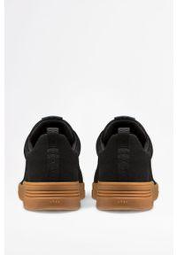 Czarne sneakersy ARKK Copenhagen z cholewką, na sznurówki