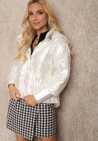 Renee - Biała Kurtka Iomamia. Kolor: biały. Długość: długie. Wzór: aplikacja