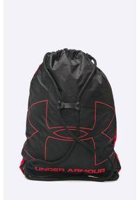 Czerwony plecak Under Armour z nadrukiem