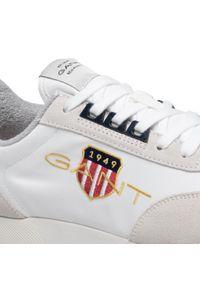 Sneakersy GANT - Garold 22639640 White G29. Okazja: na co dzień. Kolor: biały. Materiał: zamsz, materiał, skóra. Szerokość cholewki: normalna. Styl: casual, klasyczny, sportowy