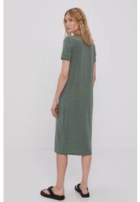 Vero Moda - Sukienka. Okazja: na co dzień. Kolor: zielony. Materiał: dzianina, materiał. Długość rękawa: krótki rękaw. Wzór: gładki. Typ sukienki: proste. Styl: casual