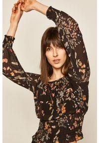 Czarna bluzka medicine z dekoltem typu hiszpanka, w kwiaty, długa