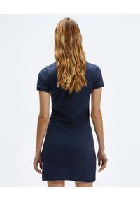 North Sails - NORTH SAILS - Granatowa sukienka mini z haftowanym logo. Typ kołnierza: polo. Kolor: niebieski. Materiał: bawełna. Wzór: haft. Długość: mini