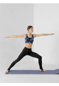 4f - Legginsy do jogi z otworem na piętę damskie. Stan: podwyższony. Kolor: czarny. Materiał: jersey, dzianina, włókno. Sport: joga i pilates